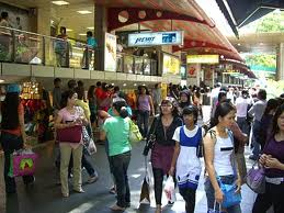 Estimating the foreign population in Singapore