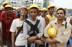 Exposé on the world of foreign workers in Singapore