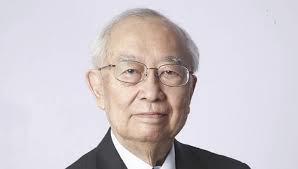 Retired Goh Keng Swee helped change LKY's mind