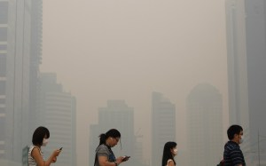 Singapore's air quality moves into hazardous range