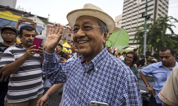 Former Malaysian premier Mahathir sues PM Najib over 'abuse of power'