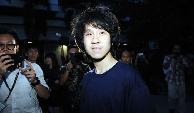Blogger Amos Yee seeks asylum in USA
