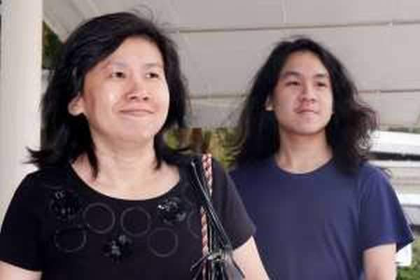 Amos Yee unfairly kept in solitary confinement