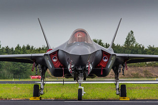 What the cybenuts don't tell us about the F-35/ What about F-22?