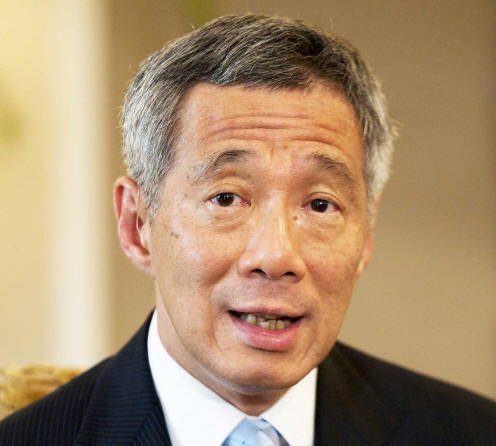 PM Lee: Flow of goods, food supplies and cargo between the 2 countries will continue